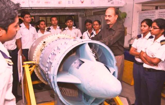 Courses and Careers in Indian Aviation Industry for You