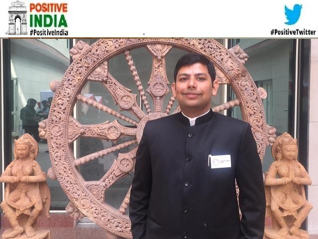 Positive India: बुंदेलखंड के छोटे से गाँव के रहने वाले प्रदीप तीसरे प्रयास में UPSC परीक्षा पास कर बनें IAS