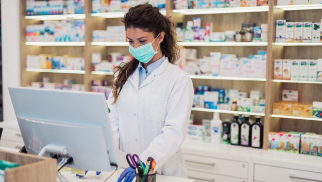 Career Options for Young Graduates in Pharmacy Sector in India during Covid 19