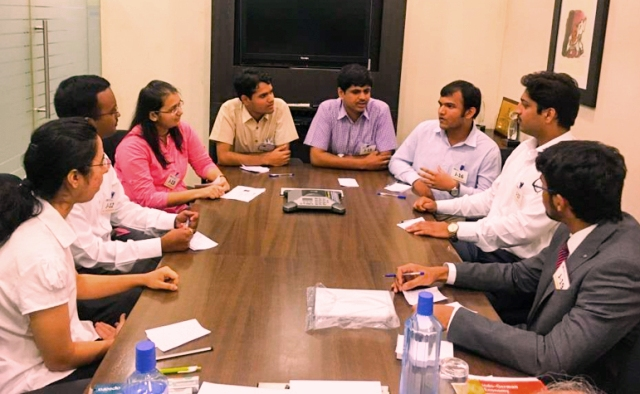 Smart tips for Indian Students to get success in every group discussion