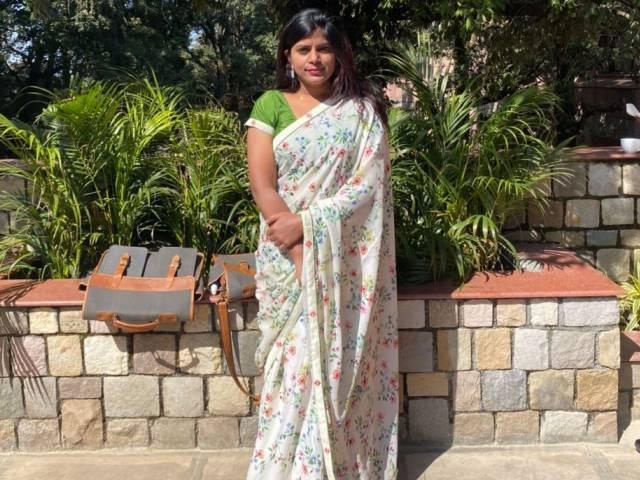 IAS NIdhi bansal shares upsc preparation tips in hindi