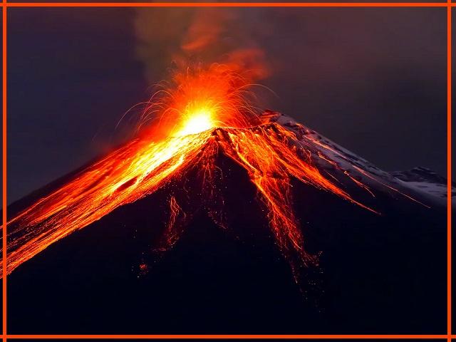 पृथ्वी के तापमान को बनाए रखने में ज्वालामुखी किस प्रकार महत्वपूर्ण भूमिका निभाते हैं?