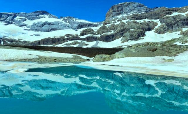 15,000 year-old viruses discovered in melting Tibetan Glaciers