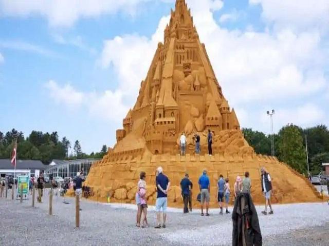 World's tallest sandcastle, Denmark, Source: Twitter