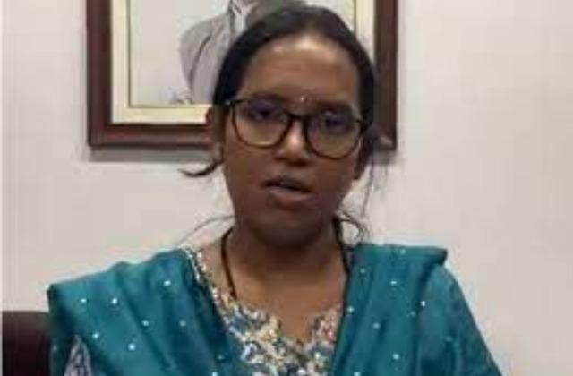 https://img.jagranjosh.com/images/2021/May/2452021/maha_education_minister.jpg