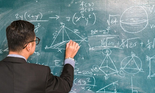How to study Maths Easily?