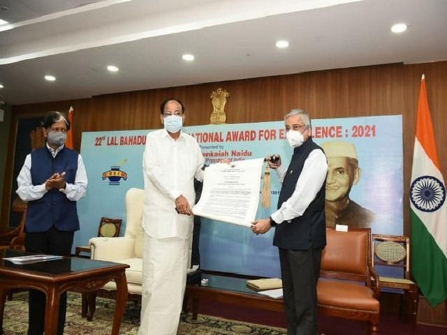 AIIMS Director Dr Randeep Guleria awarded Lal Bahadur Shastri National Award for Excellence 2021