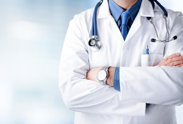 National Doctor Day 2020 Significance and why it is celebrated on July 1 in Hindi