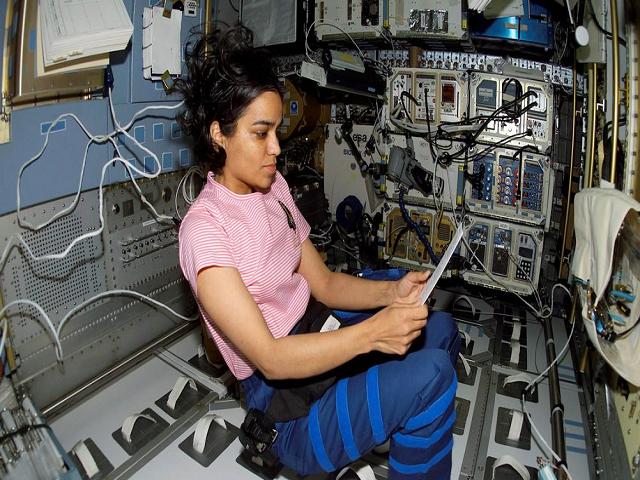 Kalpana Chawla in Space shuttle