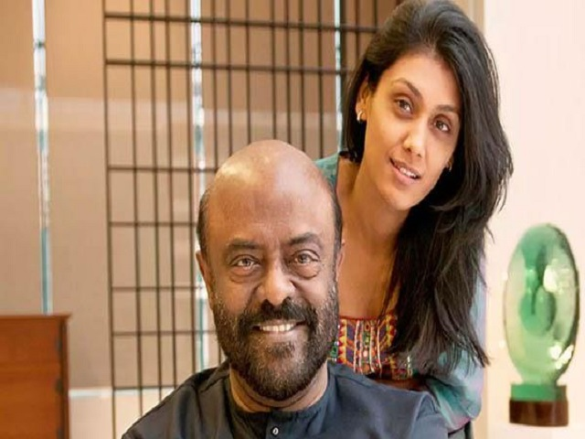 Shiv Nadar with daughter Roshni