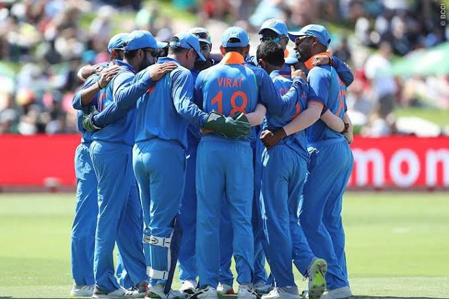 India vs New Zealand LIVE score, World Cup semi-final 2019: India defeated by 18 runs