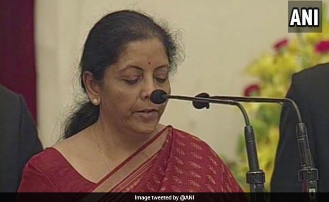 Nirmala sitharaman becomes defence minister